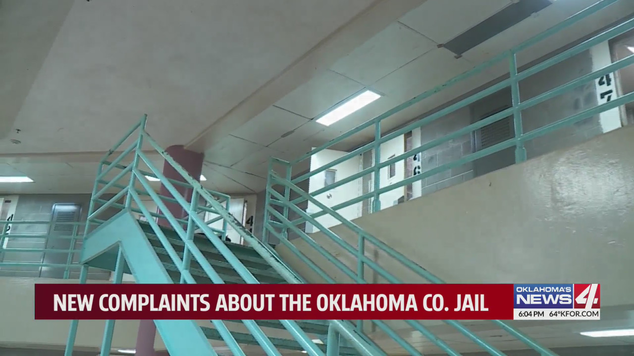 """""""It's just uninhabitable,"""" Mother claims son unable to shower for 19 days at Oklahoma County Jail"""